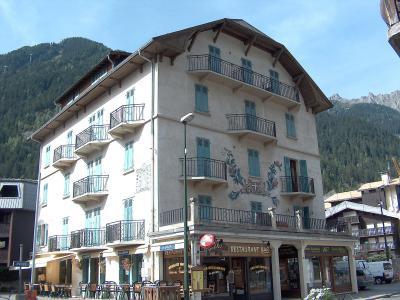 Rent in ski resort 2 room apartment 4 people (1) - Le Savoisien - Chamonix