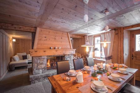 Rent in ski resort 7 room cottage 8 people - Maison Alpie - Chamonix - Apartment