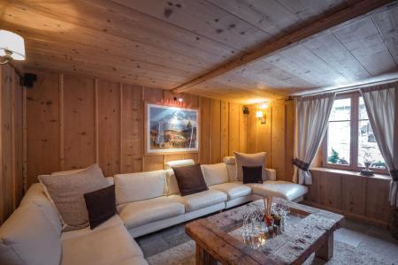 Rent in ski resort 7 room cottage 8 people - Maison Alpie - Chamonix - Bed-settee