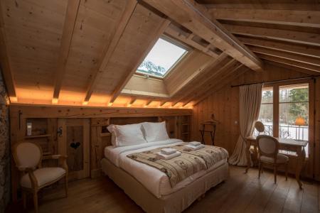 Rent in ski resort 7 room cottage 8 people - Maison Alpie - Chamonix - Bedroom