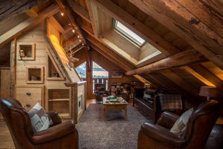 Rent in ski resort 7 room cottage 8 people - Maison Alpie - Chamonix - Living room