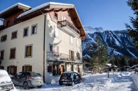 Rent in ski resort Maison de Pays les Arolles - Chamonix