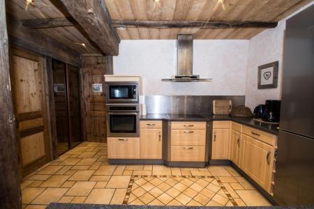 Location au ski Appartement 4 pièces 8 personnes - Maison la Ferme A Roger - Chamonix - Cuisine
