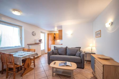 Rent in ski resort 2 room apartment 4 people (rose) - Résidence Androsace - Chamonix