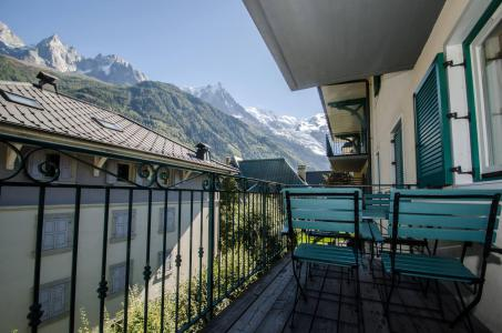 Rent in ski resort 3 room apartment 6 people (AMIJEAN) - Résidence Androsace - Chamonix