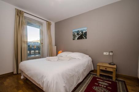 Location au ski Appartement duplex 4 pièces 6 personnes - Résidence Androsace - Chamonix - Baignoire