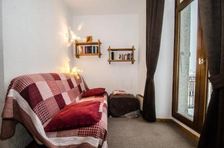 Location au ski Studio 4 personnes - Résidence Carlton - Chamonix - Appartement