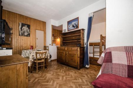 Location au ski Studio 4 personnes - Résidence Carlton - Chamonix - Séjour