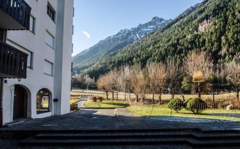 Location au ski Studio 2 personnes (Vegas) - Residence Le Clos Du Savoy - Chamonix - Extérieur hiver
