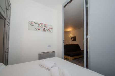 Location au ski Appartement 2 pièces cabine 6-6 personnes - Residence Le Triolet - Chamonix - Lit double