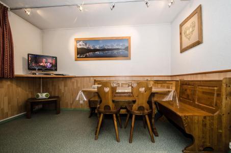 Location au ski Appartement 2 pièces 4 personnes - Résidence les Jonquilles - Charmoz - Chamonix