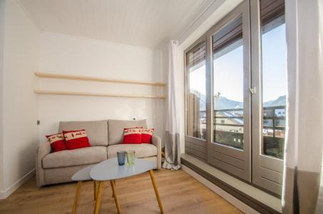 Rent in ski resort 2 room apartment 5 people - Résidence Lyret - Chamonix - Bed-settee