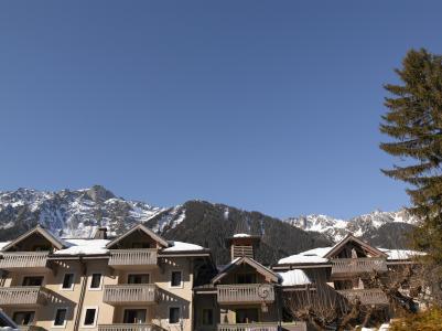Vacances en montagne Résidence P&V Premium la Ginabelle - Chamonix - Extérieur hiver