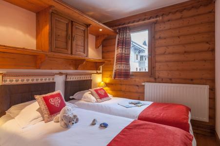 Rent in ski resort Résidence P&V Premium la Ginabelle - Chamonix - Bedroom