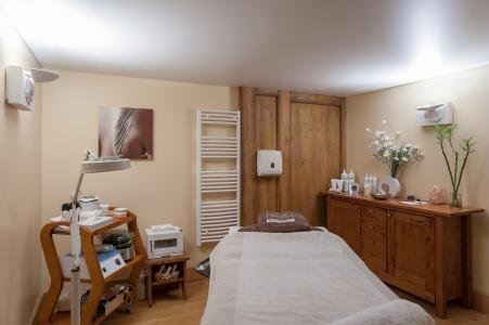 Location au ski Résidence P&V Premium la Ginabelle - Chamonix - Massage