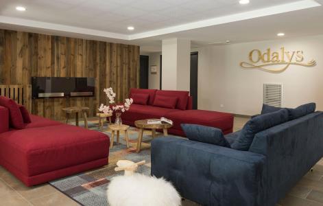 Rent in ski resort Résidence Prestige Isatis - Chamonix - Reception