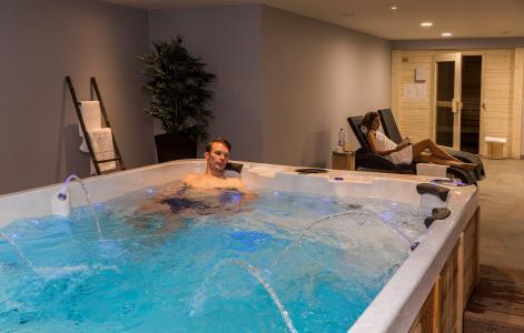 Rent in ski resort Résidence Prestige Isatis - Chamonix - Jacuzzi