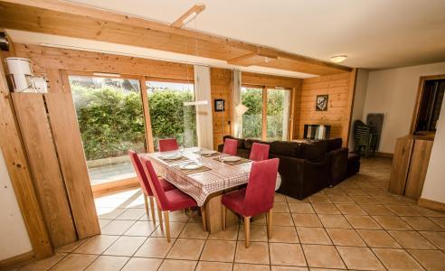 Location au ski Appartement 4 pièces coin montagne 8 personnes - Villa Princesse - Chamonix - Salle à manger