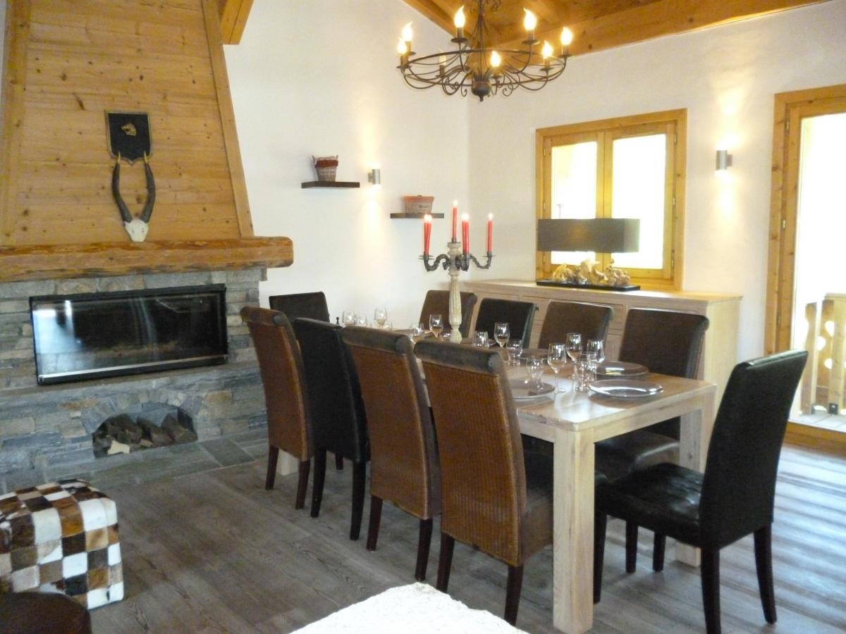 Location au ski Chalet 6 pièces 14 personnes - Chalet Blanche Neige - Champagny-en-Vanoise - Cheminée
