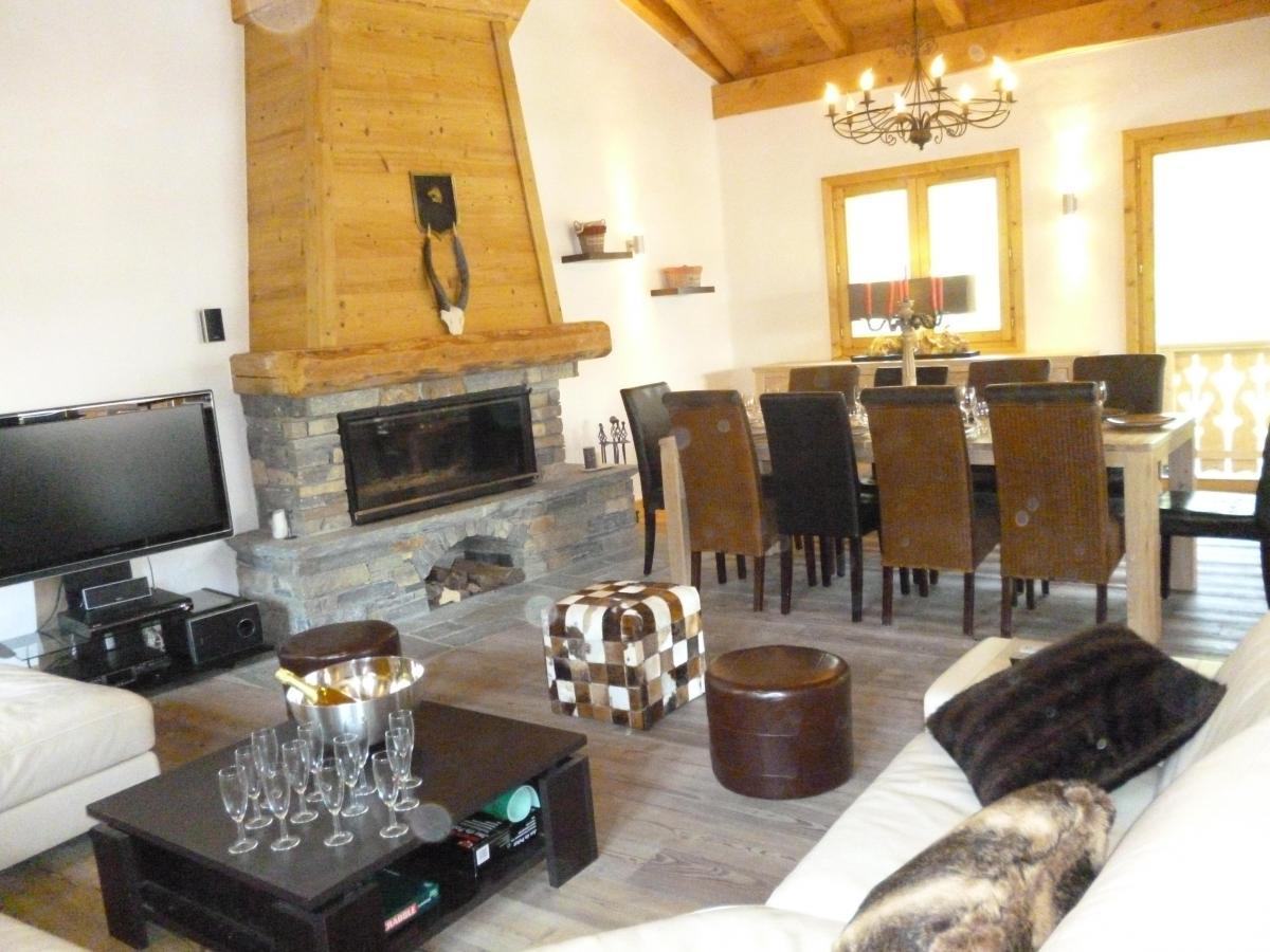 Location au ski Chalet 6 pièces 14 personnes - Chalet Blanche Neige - Champagny-en-Vanoise - Coin repas