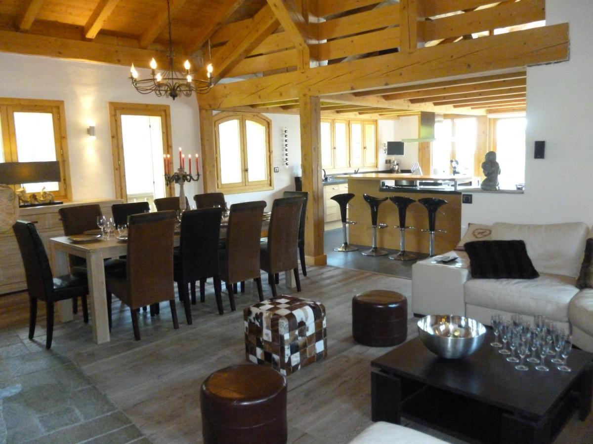 Location au ski Chalet 6 pièces 14 personnes - Chalet Blanche Neige - Champagny-en-Vanoise - Salle à manger