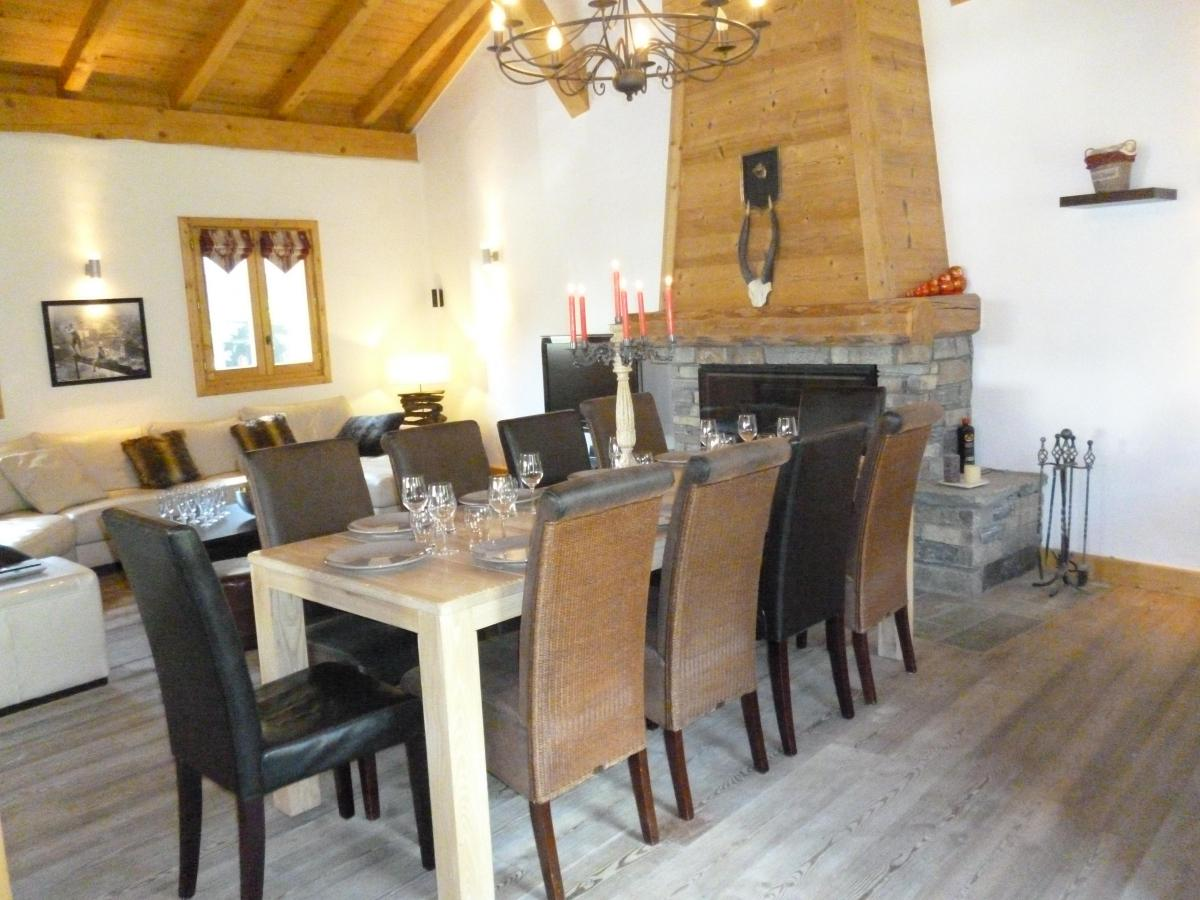 Location au ski Chalet 6 pièces 14 personnes - Chalet Blanche Neige - Champagny-en-Vanoise - Table
