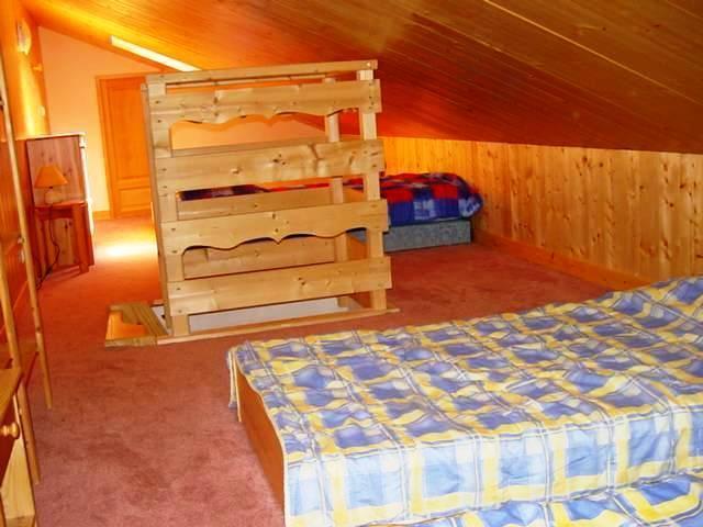 Location au ski Appartement 6 pièces 10 personnes - Chalet Les Soldanelles - Champagny-en-Vanoise - Chambre mansardée