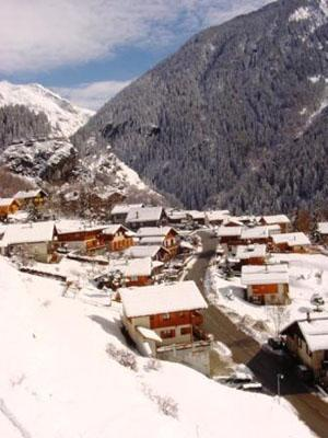 Location au ski Appartement 3 pièces mezzanine 6 personnes - Residence Le Chargalon - Champagny-en-Vanoise - Extérieur hiver