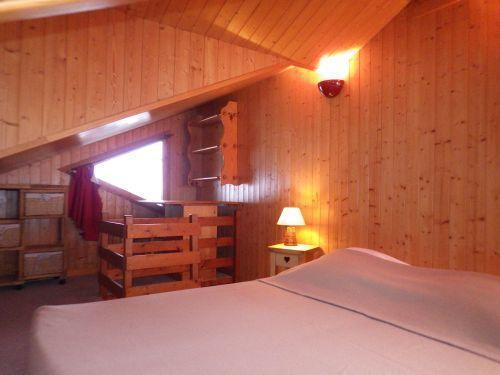 Location au ski Studio mezzanine 4 personnes - Residence Les Edelweiss - Champagny-en-Vanoise - Couchage
