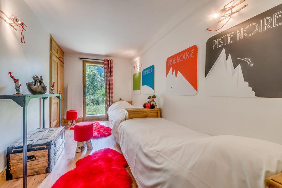 Rent in ski resort 7 room triplex chalet 10-12 people - Chalet Alideale - Champagny-en-Vanoise - Single bed