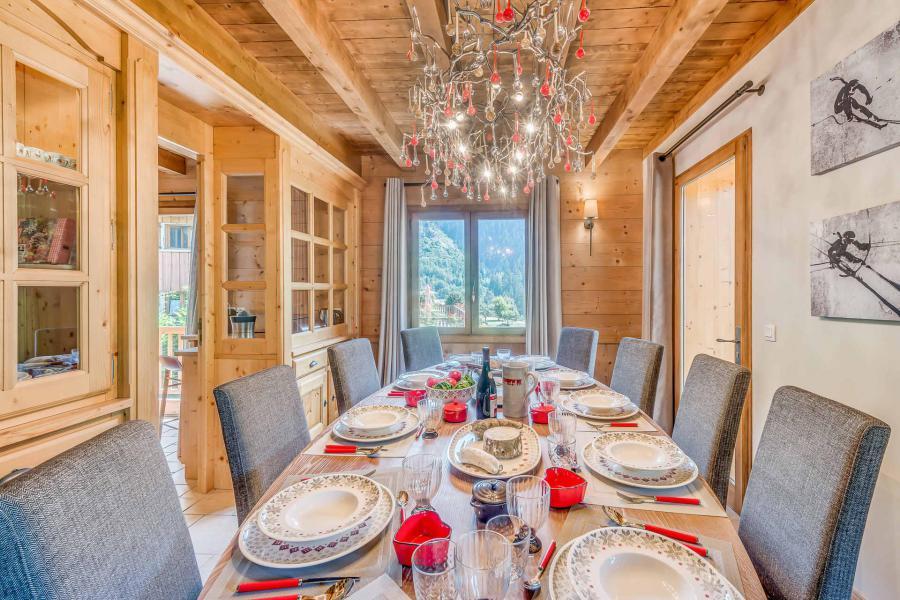 Location au ski Chalet triplex 7 pièces 10-12 personnes - Chalet Alideale - Champagny-en-Vanoise - Table