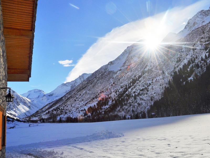 Holiday in mountain resort Chalet Au Coeur de la Vanoise - Champagny-en-Vanoise - Winter outside