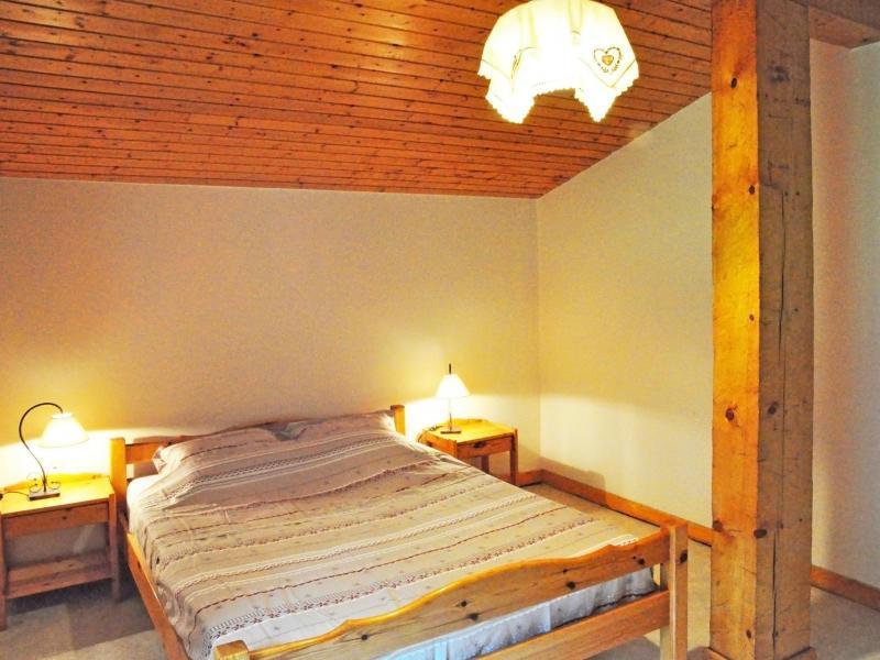 Location au ski Chalet Au Coeur De La Vanoise - Champagny-en-Vanoise - Chambre mansardée
