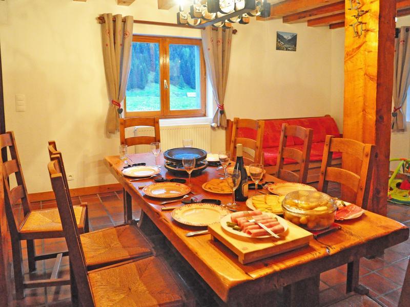 Location au ski Chalet Au Coeur De La Vanoise - Champagny-en-Vanoise - Salle à manger