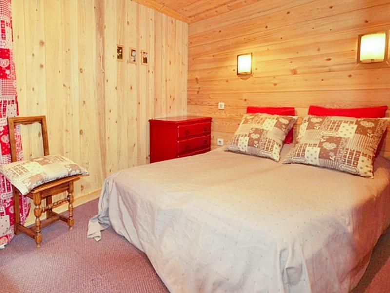 Rent in ski resort Chalet Diamant - Champagny-en-Vanoise - Bedroom