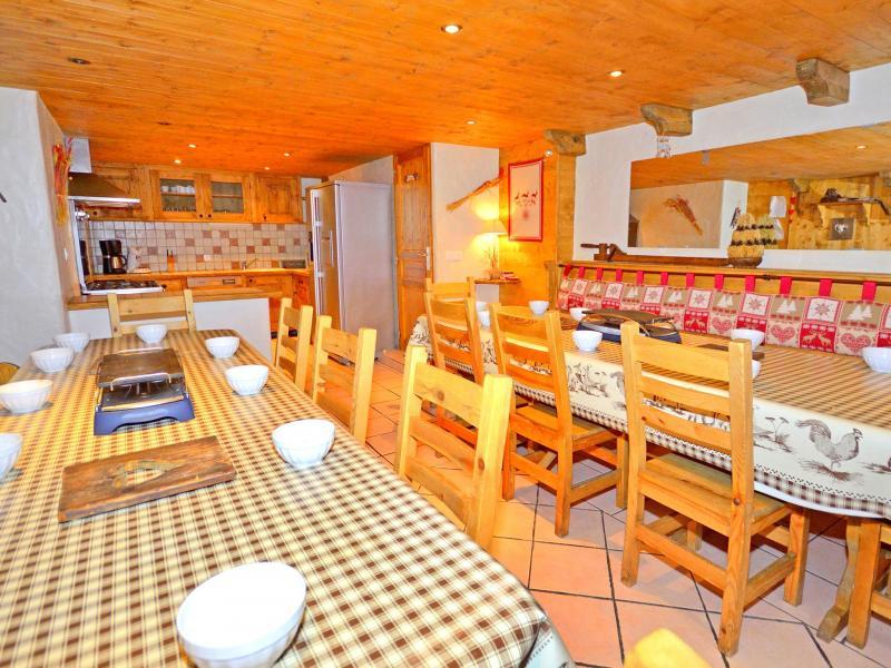 Alquiler al esquí Chalet Grand Arbet - Champagny-en-Vanoise - Mesa