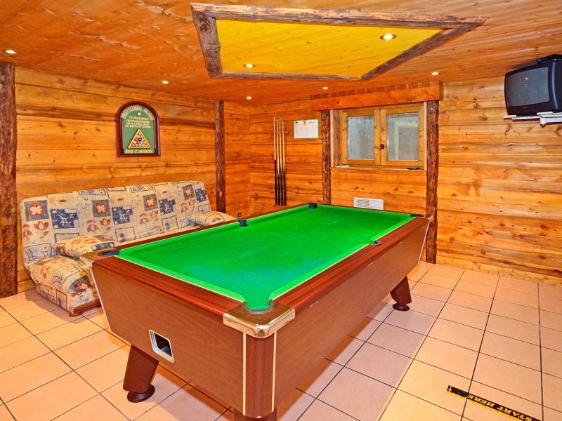 Rent in ski resort Chalet Grand Arbet - Champagny-en-Vanoise - Pool