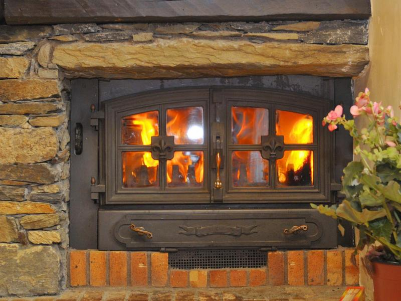 Rent in ski resort Chalet Joly - Champagny-en-Vanoise - Fireplace