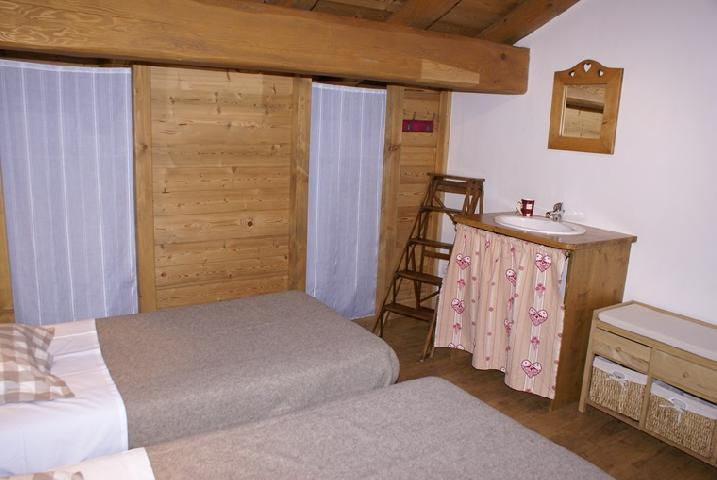 Rent in ski resort 5 room duplex chalet 8-10 people - Chalet la Sauvire - Champagny-en-Vanoise - Bedroom