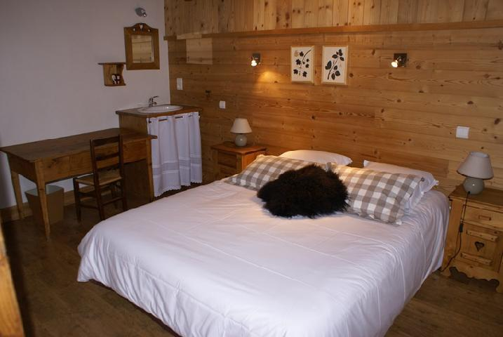 Rent in ski resort 5 room duplex chalet 8-10 people - Chalet la Sauvire - Champagny-en-Vanoise - Double bed