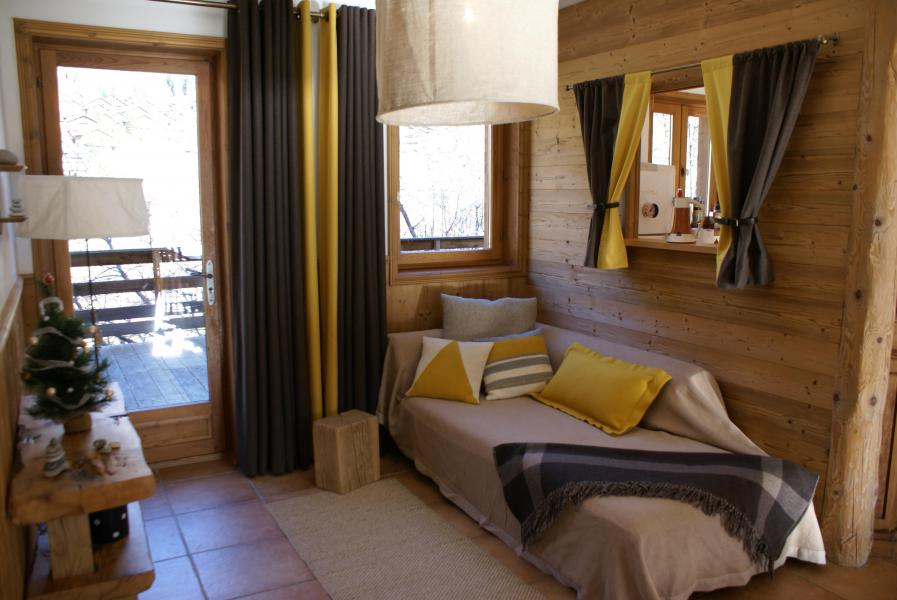 Rent in ski resort Chalet la Sauvire - Champagny-en-Vanoise - Sleeping area