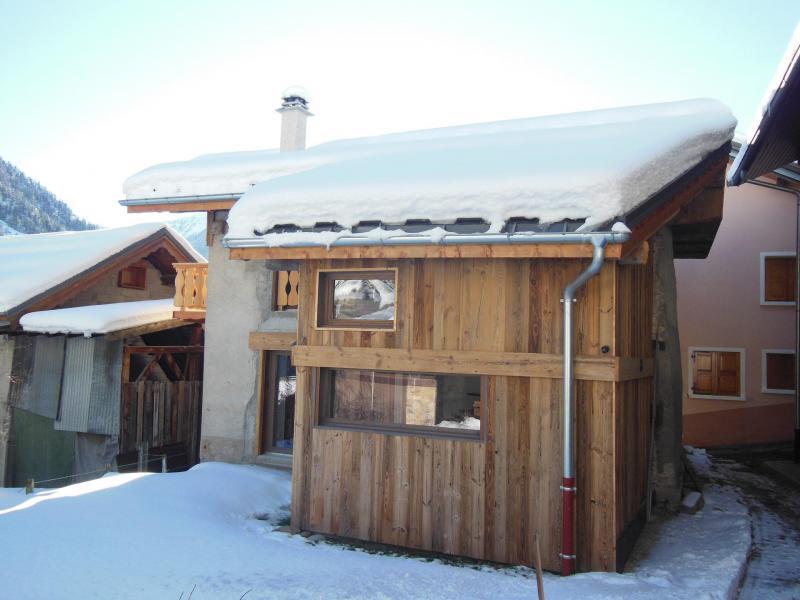 Location au ski Chalet le Sapé - Champagny-en-Vanoise - Extérieur hiver