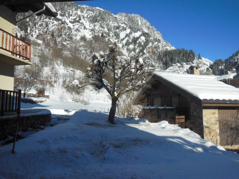 Location au ski Chalet 5 pièces 10 personnes (CH) - Chalet le Sapé - Champagny-en-Vanoise - Extérieur hiver