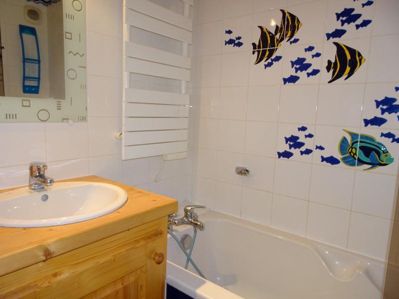 Location au ski Appartement triplex 6 pièces 12 personnes - Chalet Soldanelles - Champagny-en-Vanoise - Baignoire
