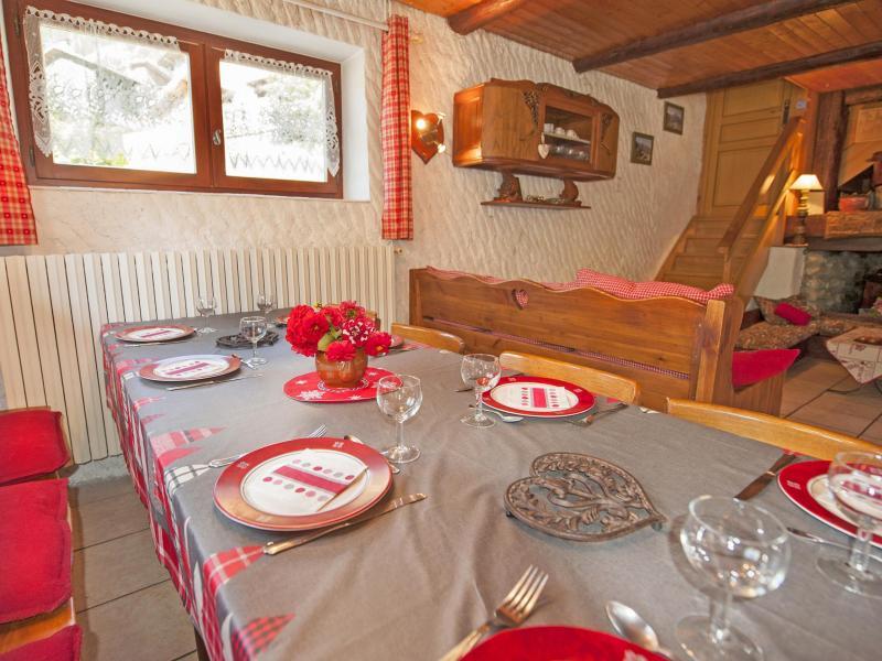 Location au ski Chalet Vieux Moulin - Champagny-en-Vanoise - Table