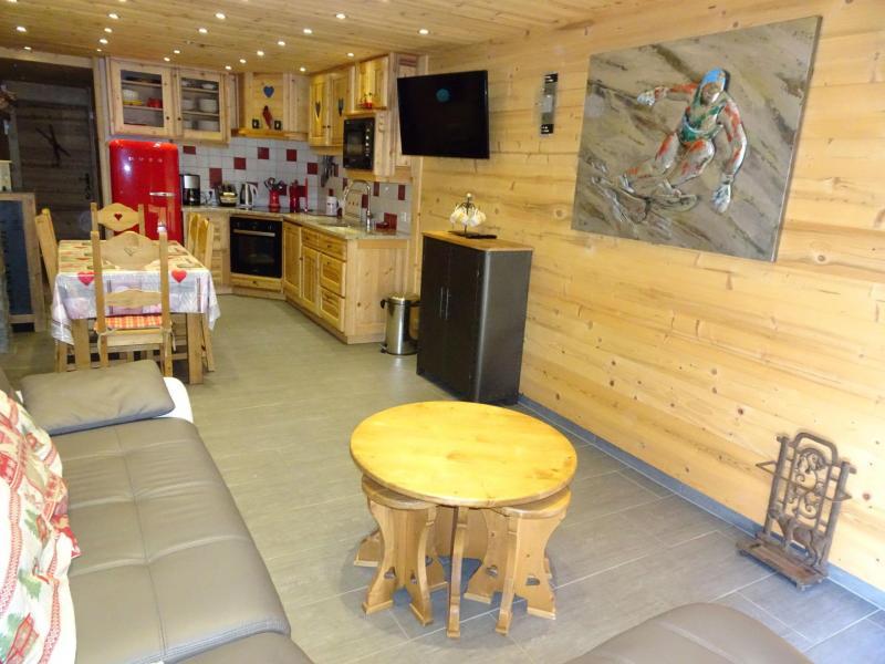 Location au ski Appartement 4 pièces 6 personnes (A6) - Les Hauts de Planchamp - Champagny-en-Vanoise - Table