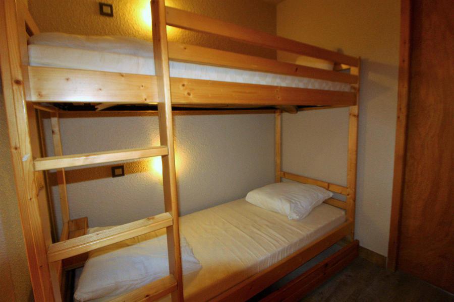 Location au ski Appartement 2 pièces coin montagne 4 personnes (035) - Résidence le Centre - Champagny-en-Vanoise - Lits superposés