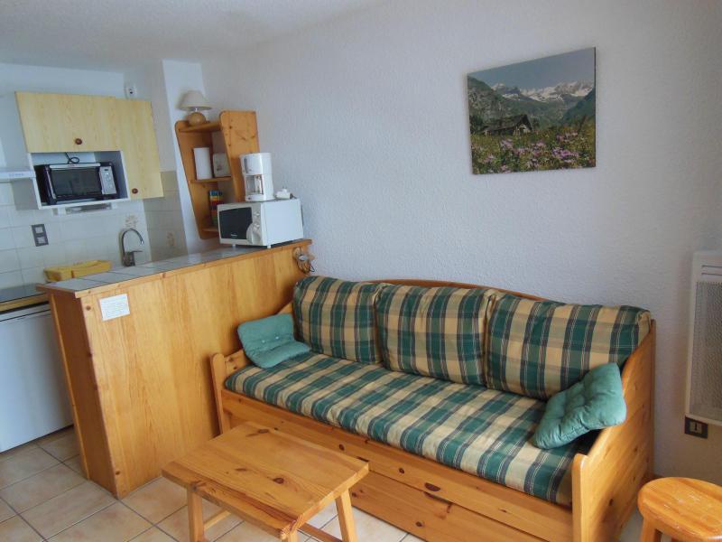 Location au ski Studio coin montagne 4 personnes (16B) - Résidence le Centre - Champagny-en-Vanoise - Canapé-lit