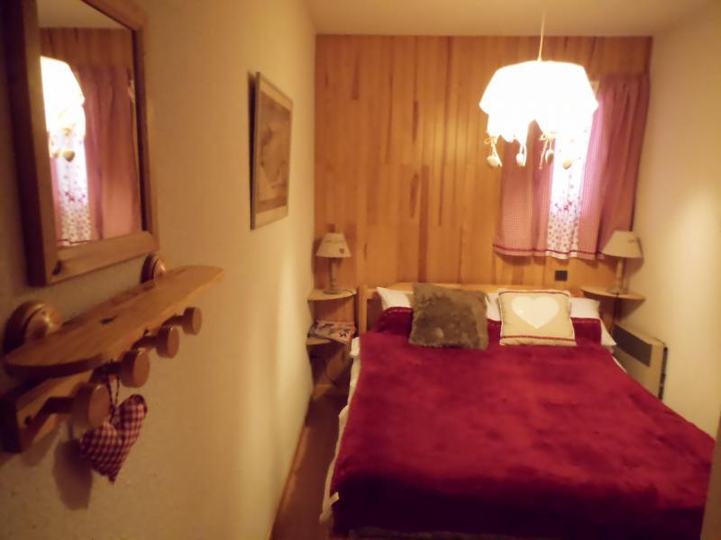 Wynajem na narty Apartament 2 pokojowy kabina 6 osób (003CL) - Résidence le Chardonnet - Champagny-en-Vanoise - Łóżkem małżeńskim