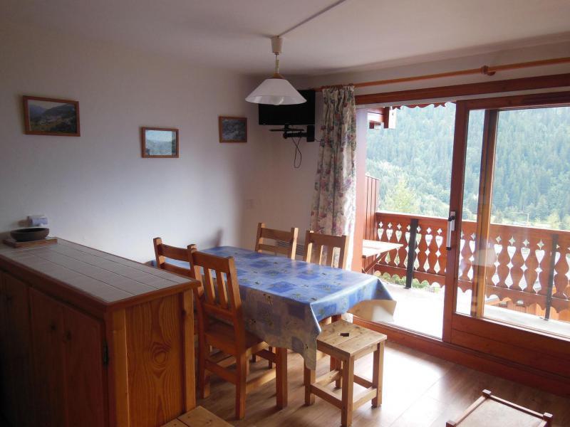 Wynajem na narty Apartament 2 pokojowy z alkową 6 osób (026CL) - Résidence le Chardonnet - Champagny-en-Vanoise - Stołem